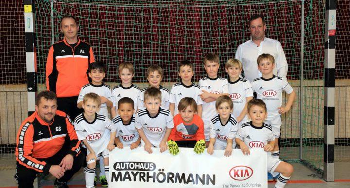 Trikotübergabe an die F2 Jugend der SG Horgau / Auerbach: Fussball Sponsoring Autohaus Mayrhörmann GmbH