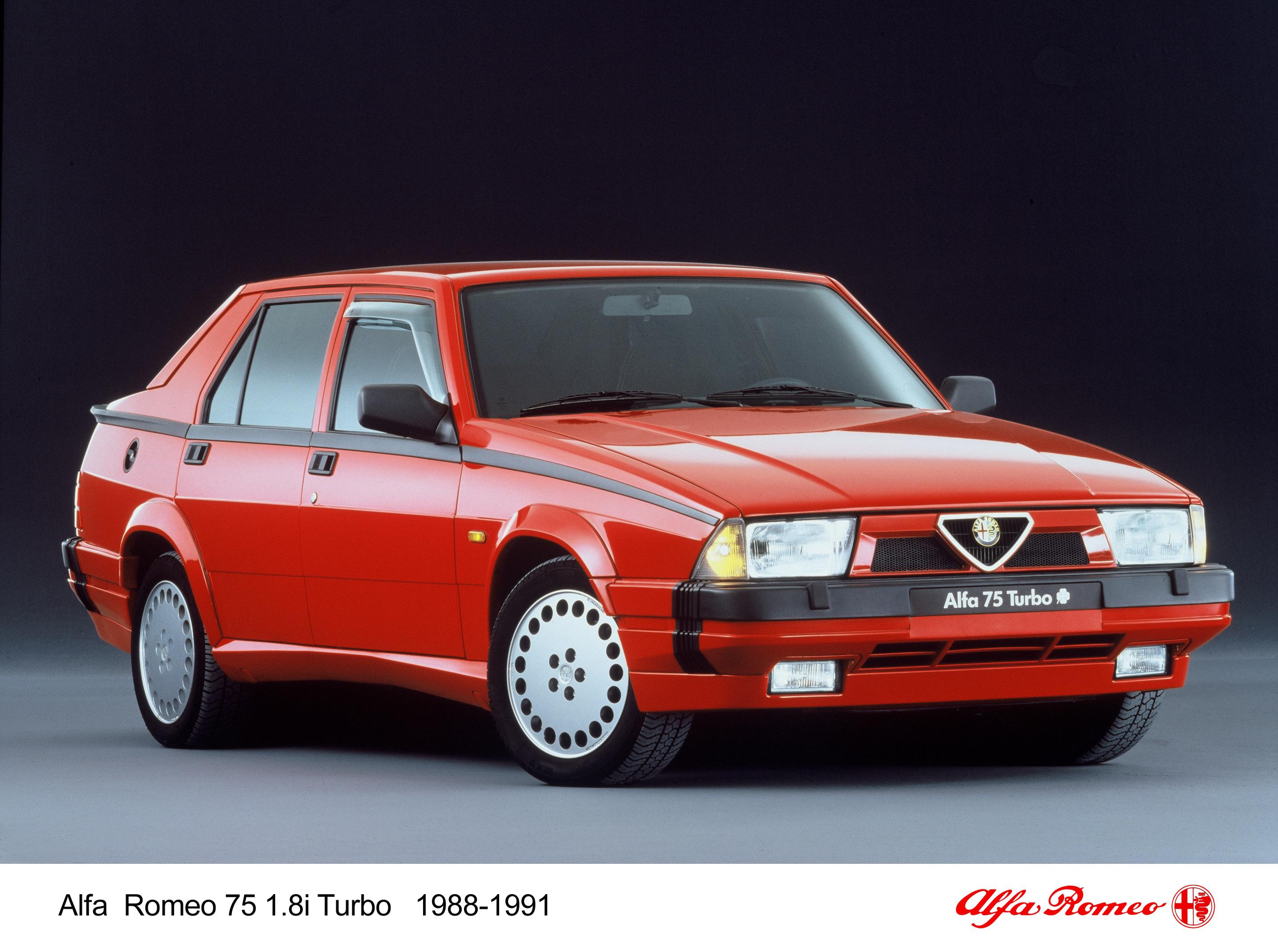 30 Jahre Alfa Romeo 75 – Keil und Kante feiern runden Geburtstag